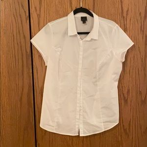 Worthingtons white shirt sleeve collared shirt